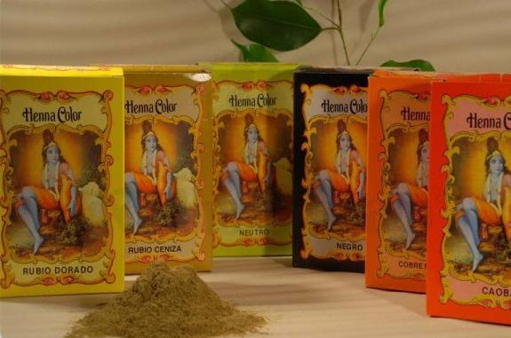 Colorazione in polvere Henna Color castano scuro - 100 gr